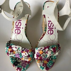 Women's floral print and woven platform shoes